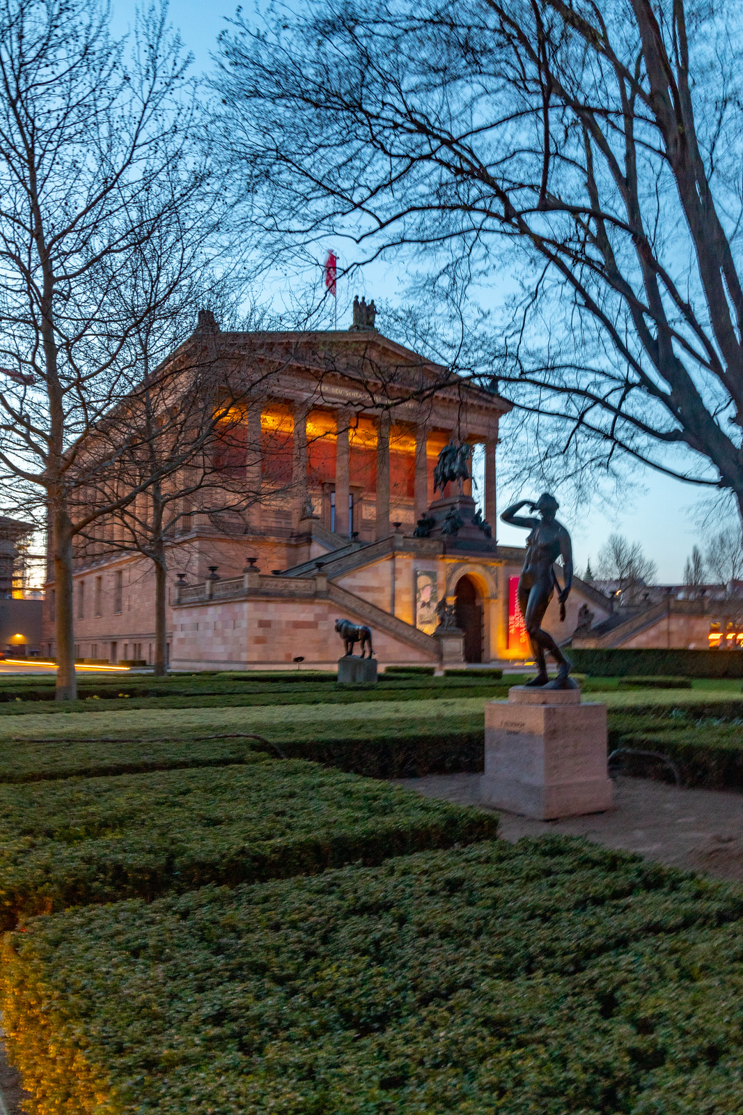 Alte Nationalgalerie mit Diana
