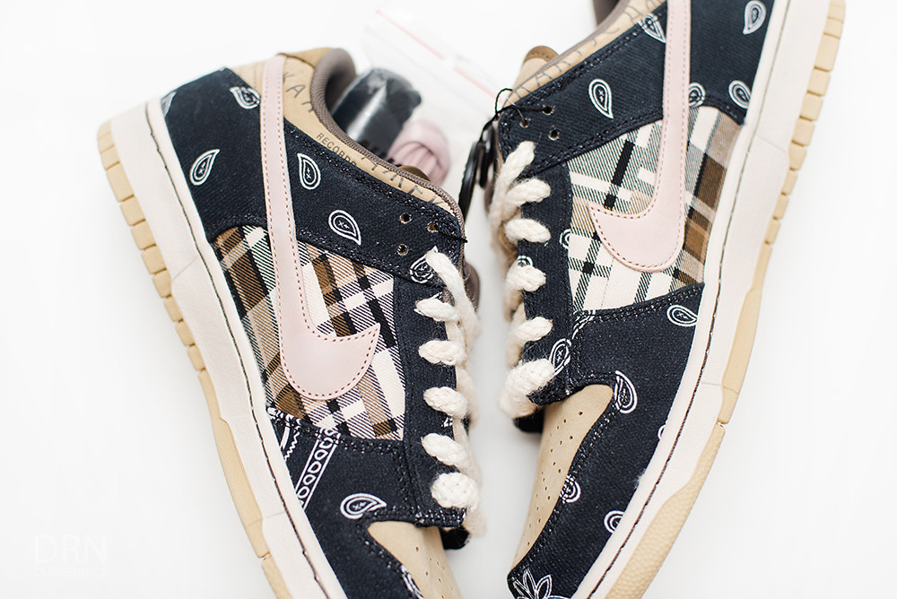 Travis Scott Nike Dunk SB.