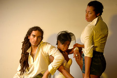DSC_0704 Alesha from Jamaica Tricia from Ghana and Italian Reggae Guy Photo Shoot Shoreditch Studio London