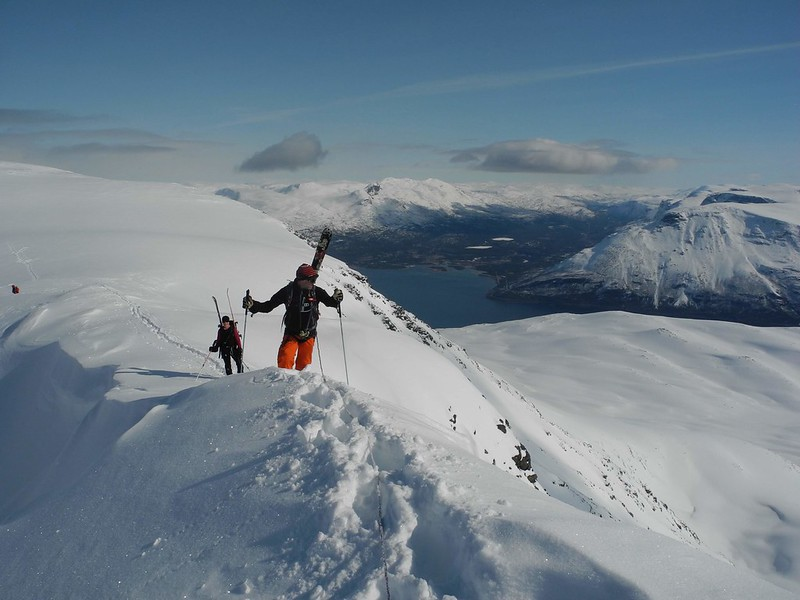 Lyngen Summit Bootpack on Daltinden. Skier: Stuart Galbraith