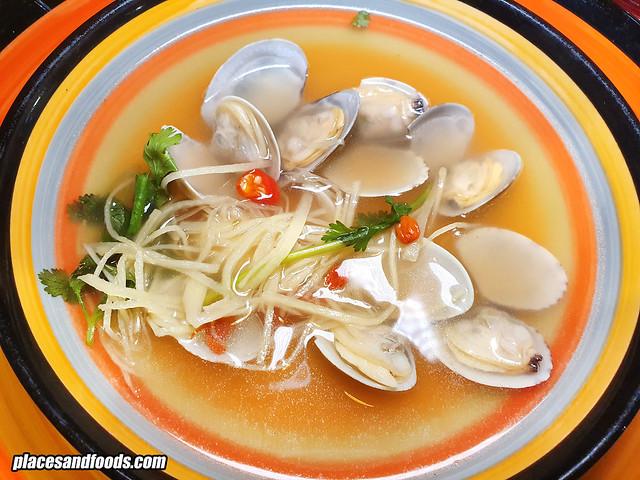wuff and wok subang lala vongole