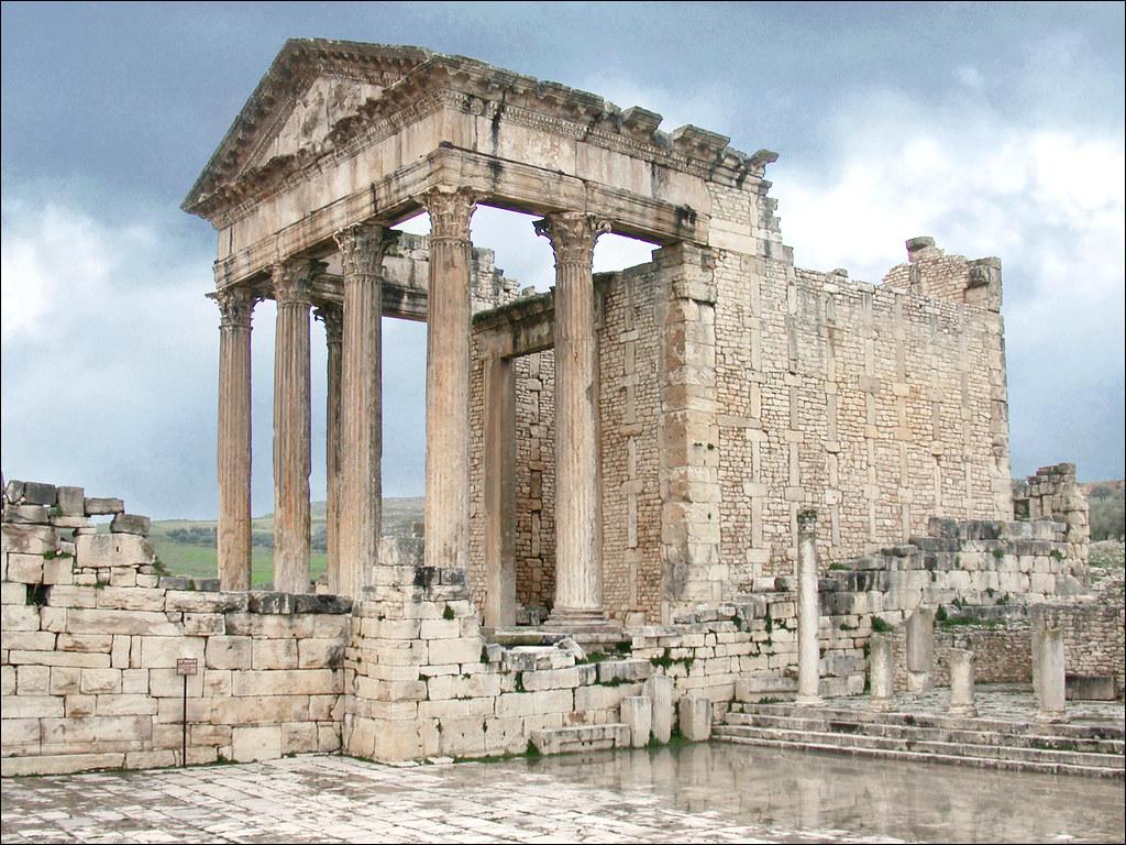 Le capitole de l'ancienne ville romaine de Thugga (Dougga,… | Flickr