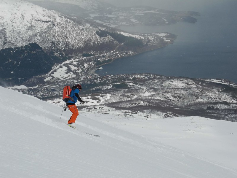 View over Lyngseidet. Skier: Stuart Galbraith