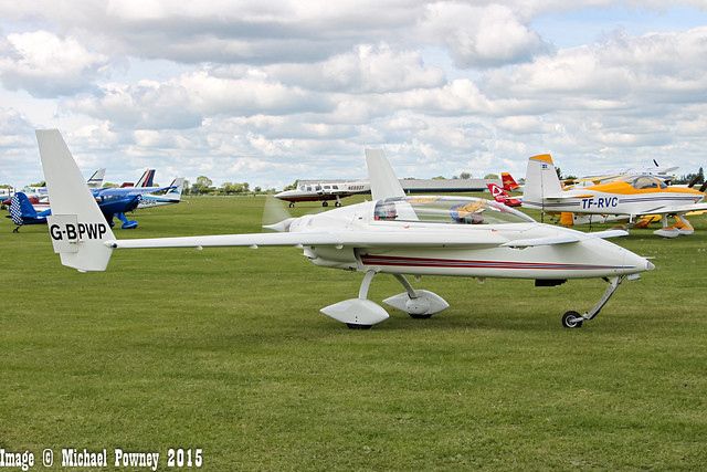 G-BPWP  - 1989 build Rutan Long-Ez, taxiing for departure at Sywell during Aero Expo 2015