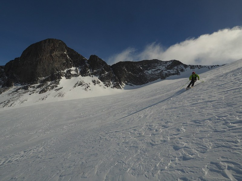 Jotunheim Haute Route final day. Descent of Storebjorn. Skier: Mark Howard