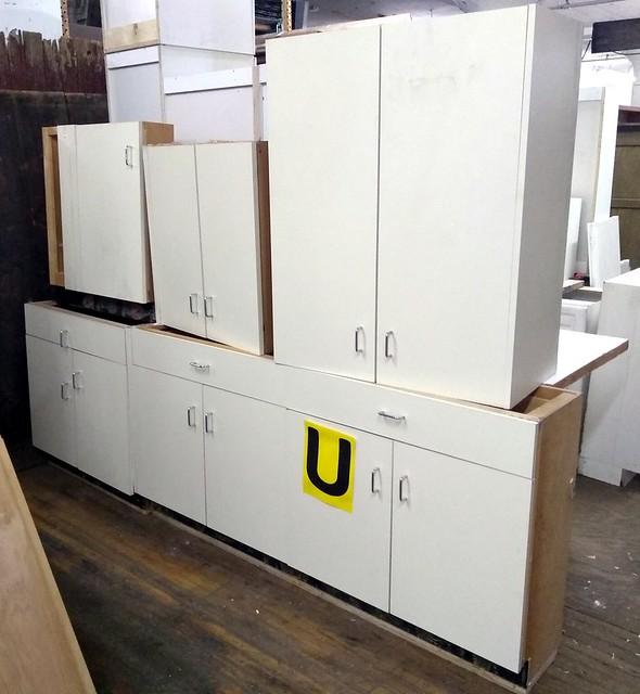 Cabinet Set U