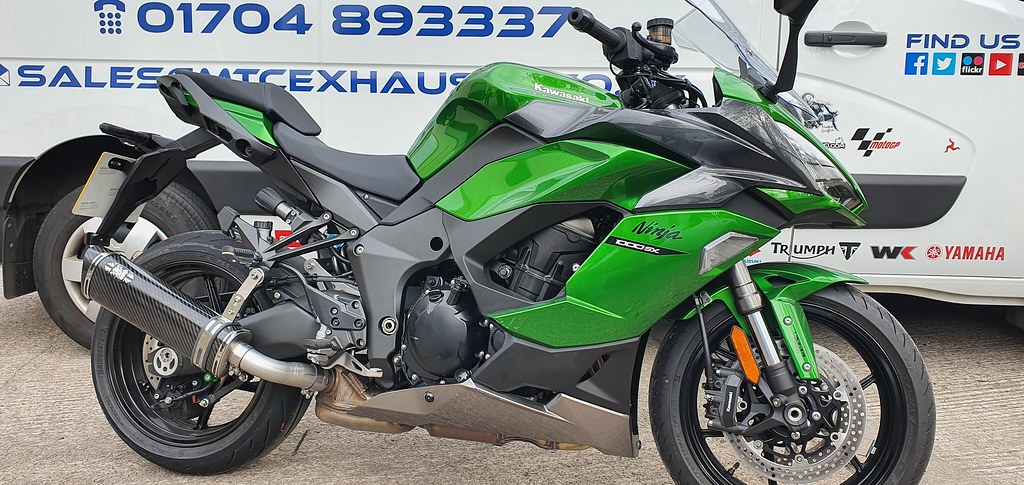 Kawasaki Z1000SX Touring Exhausts by Max Torque Cans UK  (1)