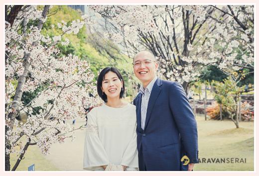 結婚10周年記念の夫婦写真