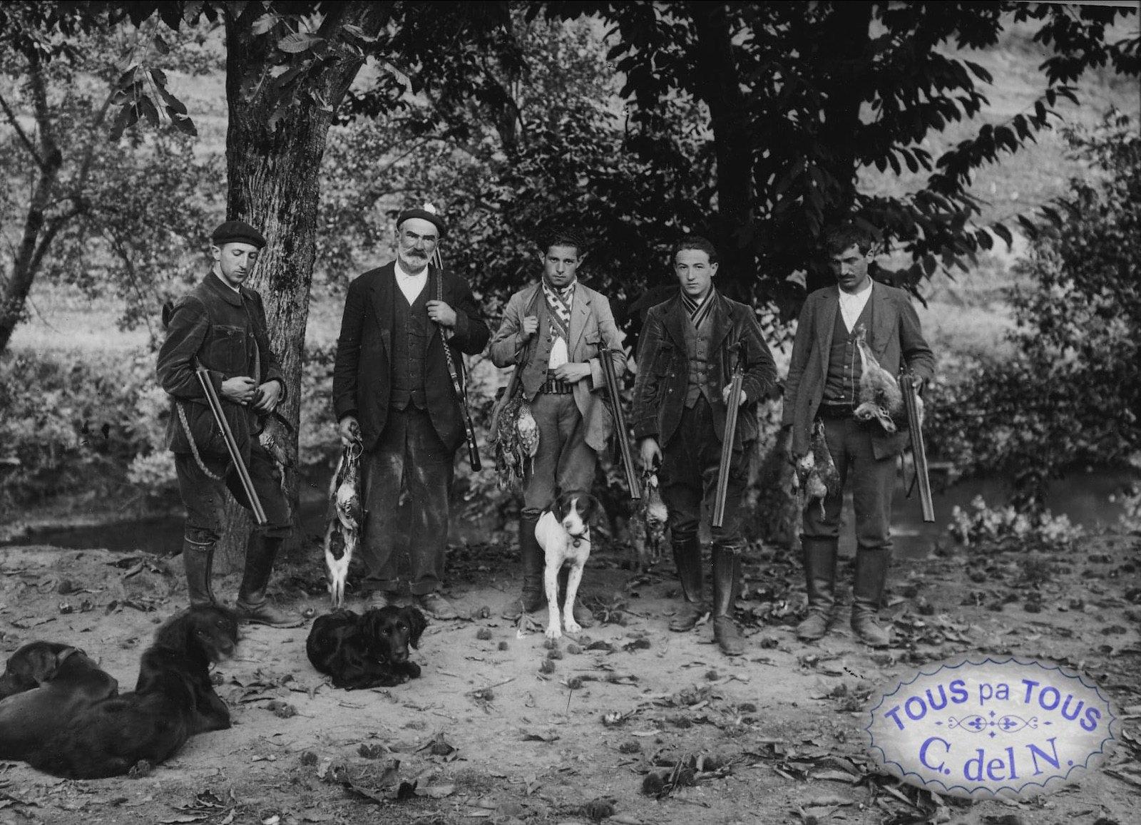 1920 - Cazadores