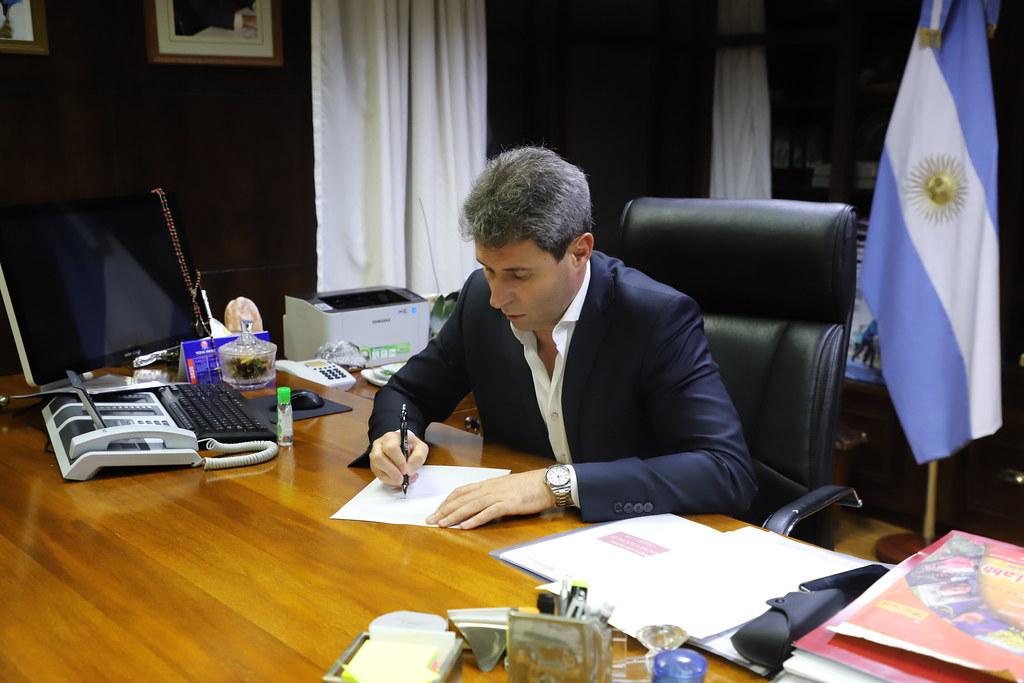 """2020-04-18 PRENSA: Sergio Uñac: """"Buscamos un equilibrio, priorizando la salud y dándole lugar al trabajo de los sanjuaninos"""""""