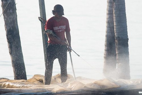 Cleaning nets