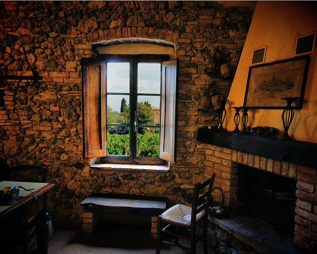 ***1000 year old Tuscan Farmhouse overlooking today