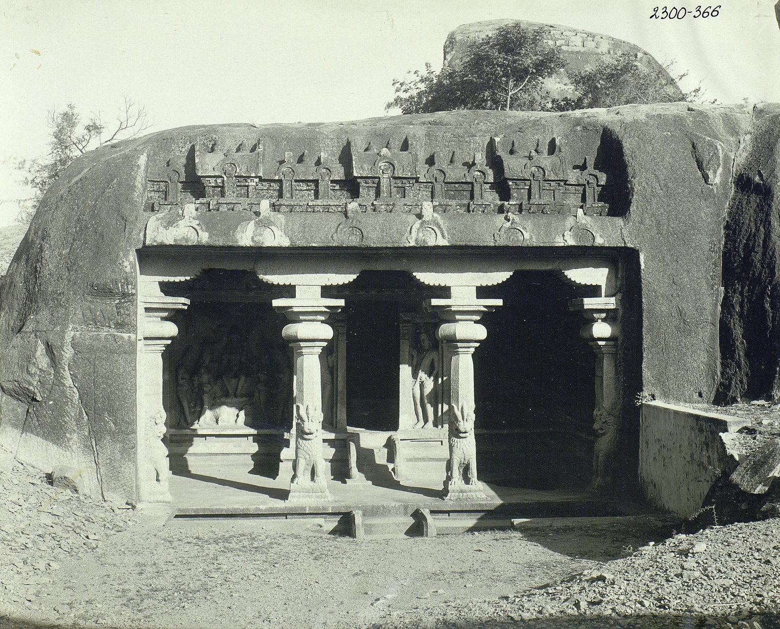 09. Мамаллапур (вход в храм)