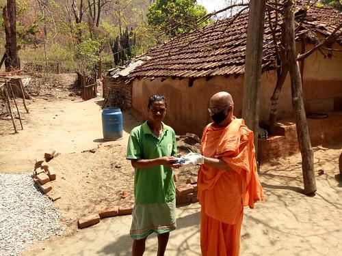 ghatshila ramakrishnamath reliefservices coronaviruscovid19