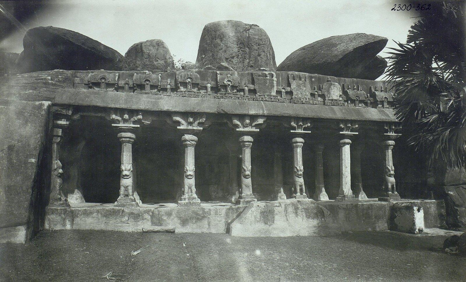 11. Мамаллапур (вход в храм)
