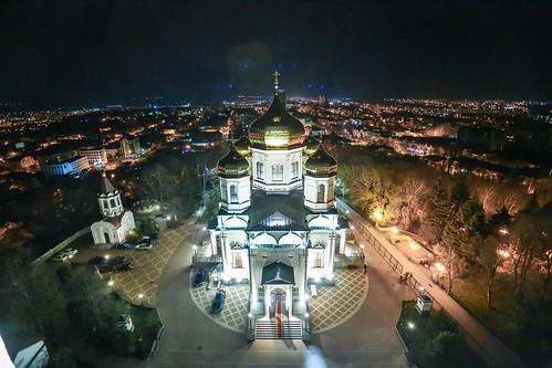 19 апреля 2020, В праздник Светлого Христова Воскресения митрополит Кирилл возглавил торжественное богослужение в Казанском кафедральном соборе