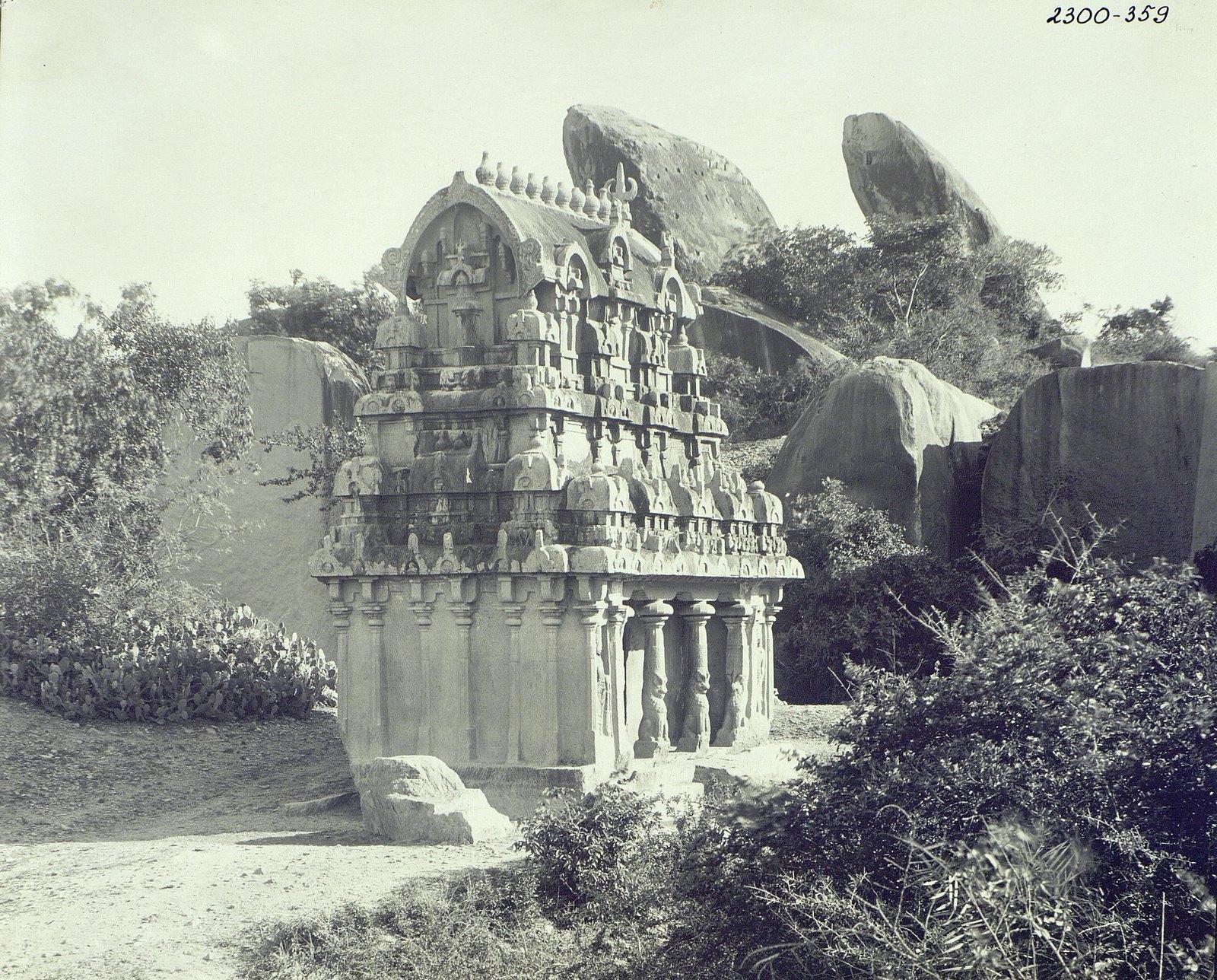 03. Мамаллапур (внешний вид храма)