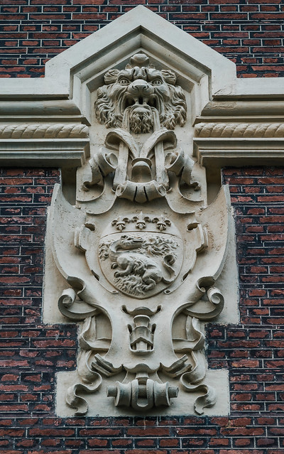Volutes dans la pierre, Léon Monlon, sculpteur de la Belle Époque - I - Les armes du Havre