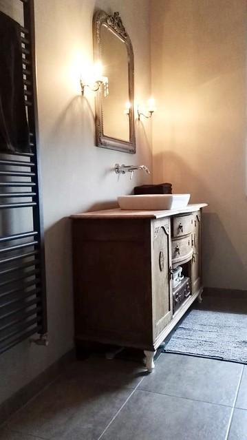 Landelijk brocante badkamer