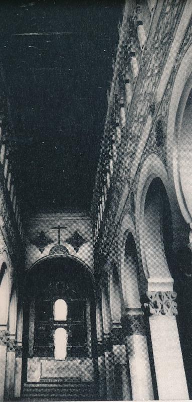 Sinagoga de Santa María la Blanca en Toledo hacia 1970 fotografiado por Mario Carrieri