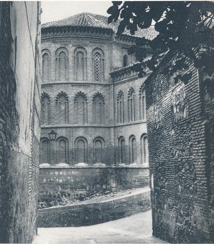 Ábside de la Iglesia de San Bartolomé en Toledo hacia 1970 fotografiado por Mario Carrieri