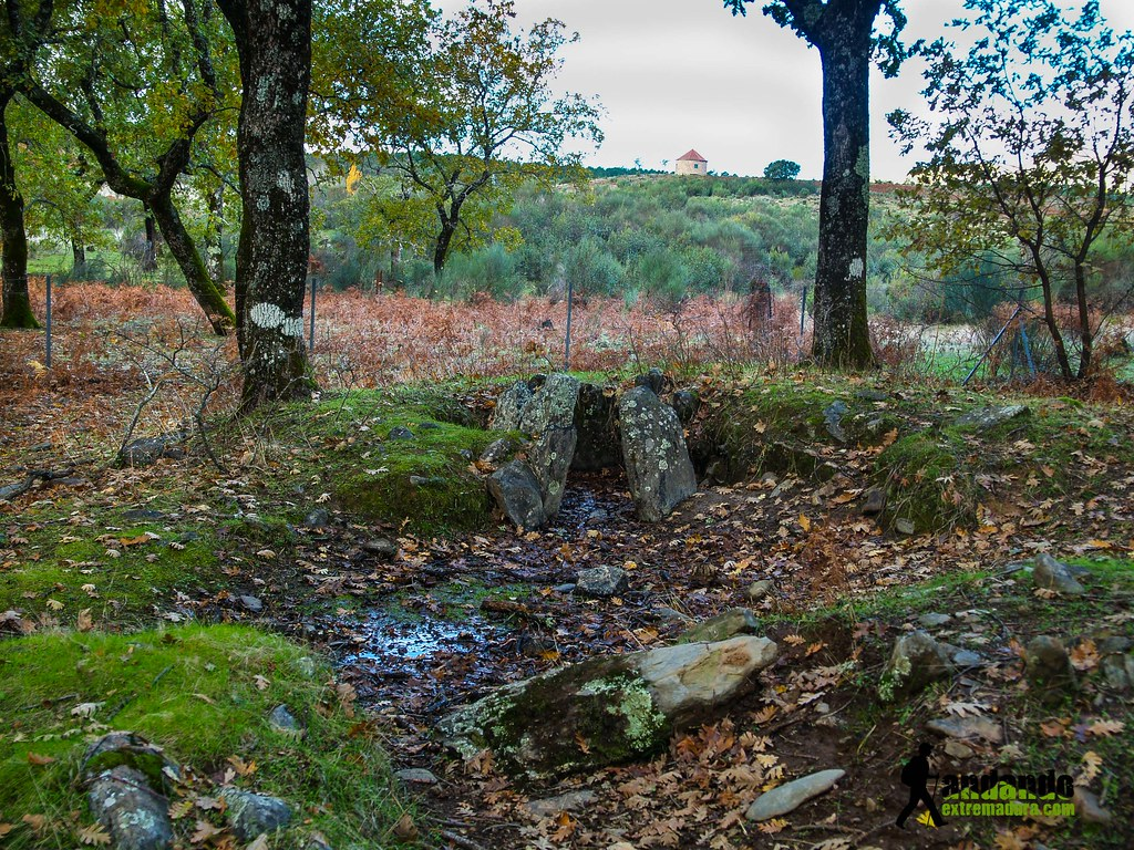 dolmen 25