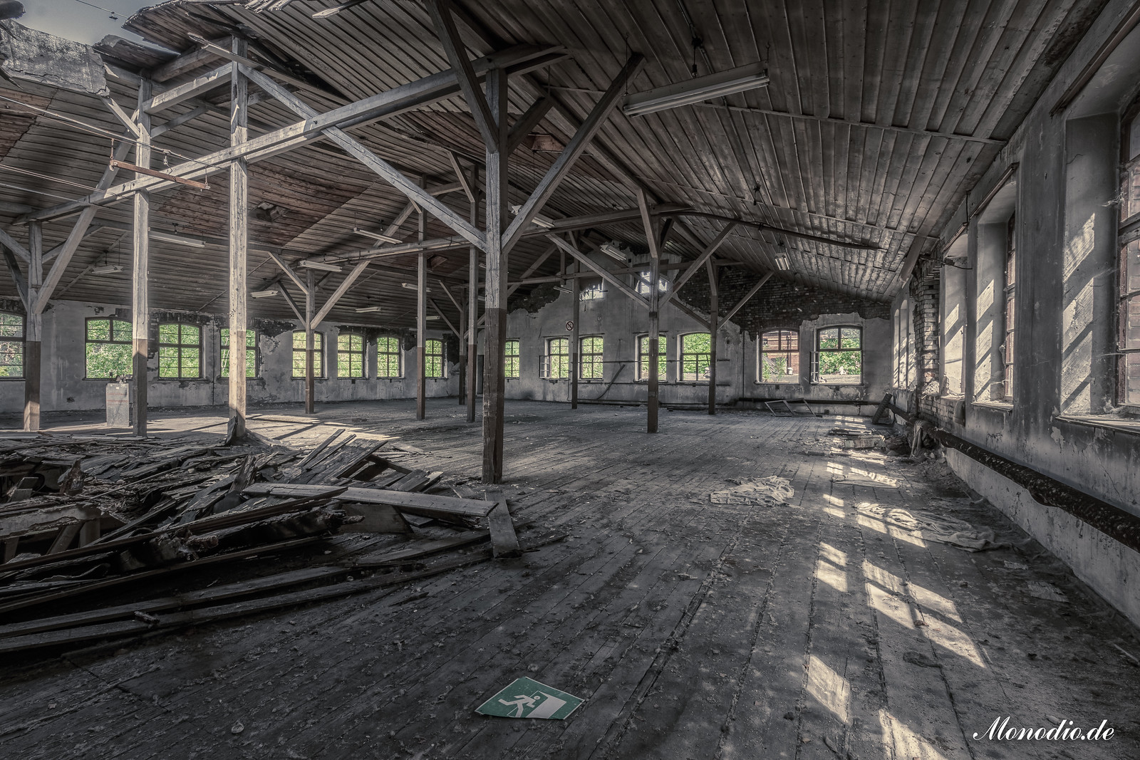 Die verlassene Teppichfabrik