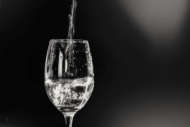 A glass of white wine in difficult times... Stay safe, stay safe...