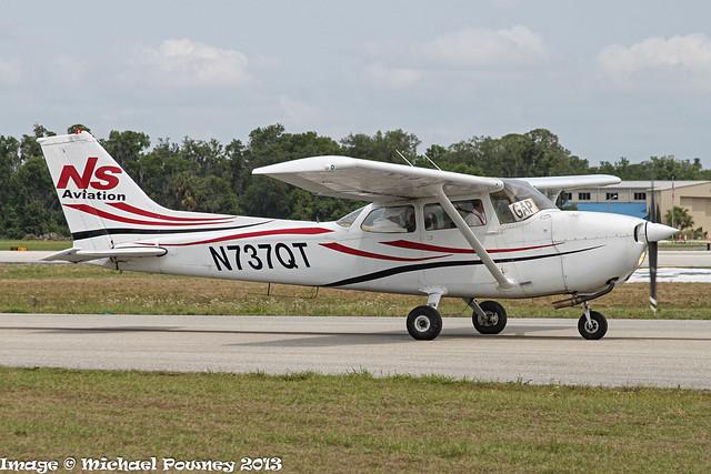 N737QT - 1977 build Cessna 172N Skyhawk, taxiing at Lakeland during Sun 'n Fun 2013