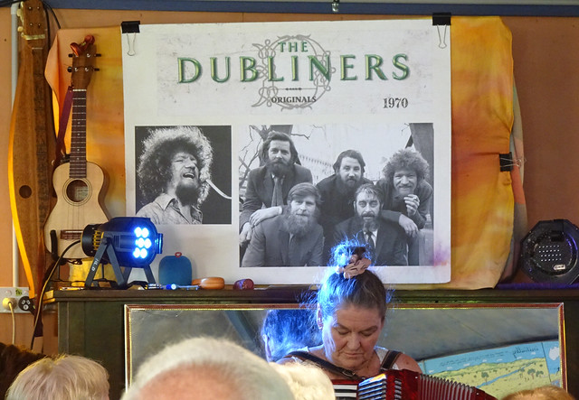 Kate Singing with the Dubliners