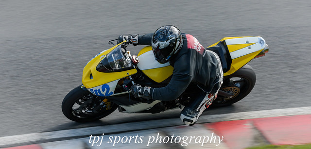 Cadwell Trackday   Before virous 19