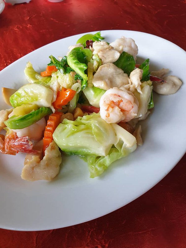Alu Alu-Fresh Prawn & Vegetable dish