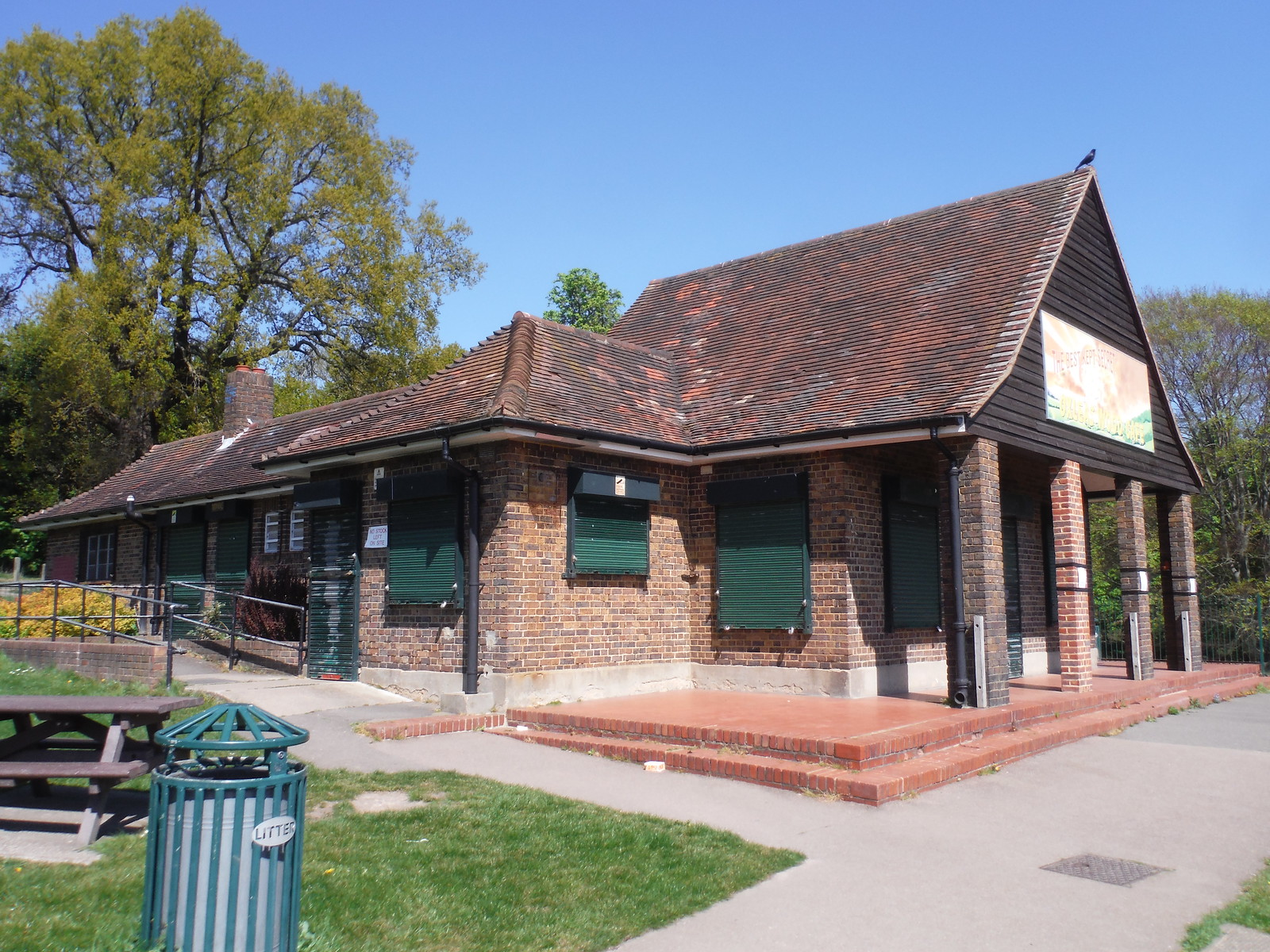 Oxleas Wood Café SWC Short Walk 44 - Oxleas Wood and Shooters Hill (Falconwood Circular)