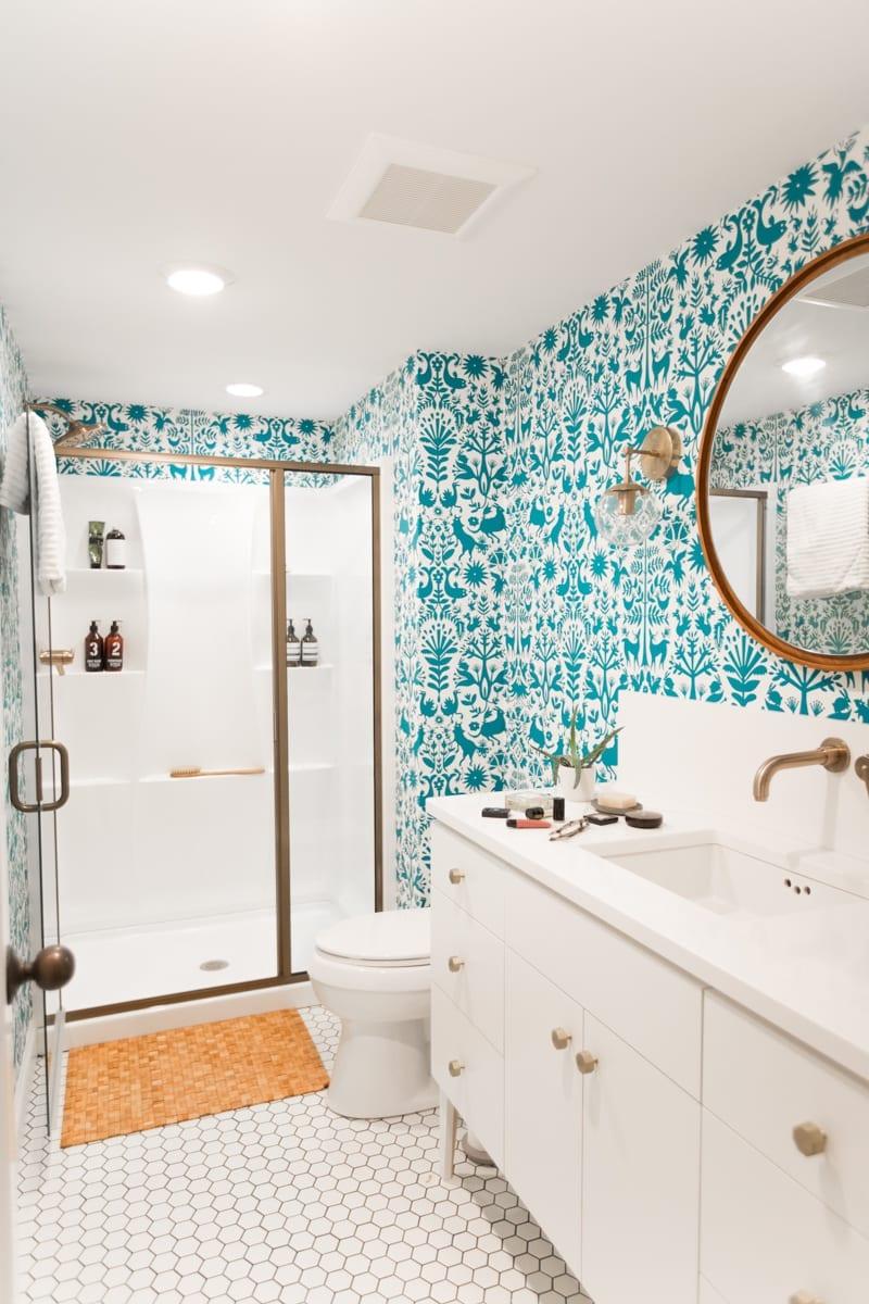 Teal Animal Wallpaper | Teal Blue Bathroom Wallpaper | White Hexagon Tile Bathroom Floor | White Gold Blue Bathroom Inspiration