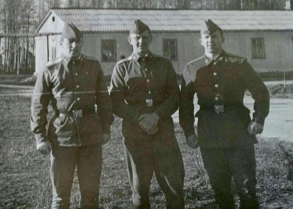 Старшины 1-го батальона (102 выпуск): Гриша Пенченко, Коля Васечкин и Серега Лукашенко