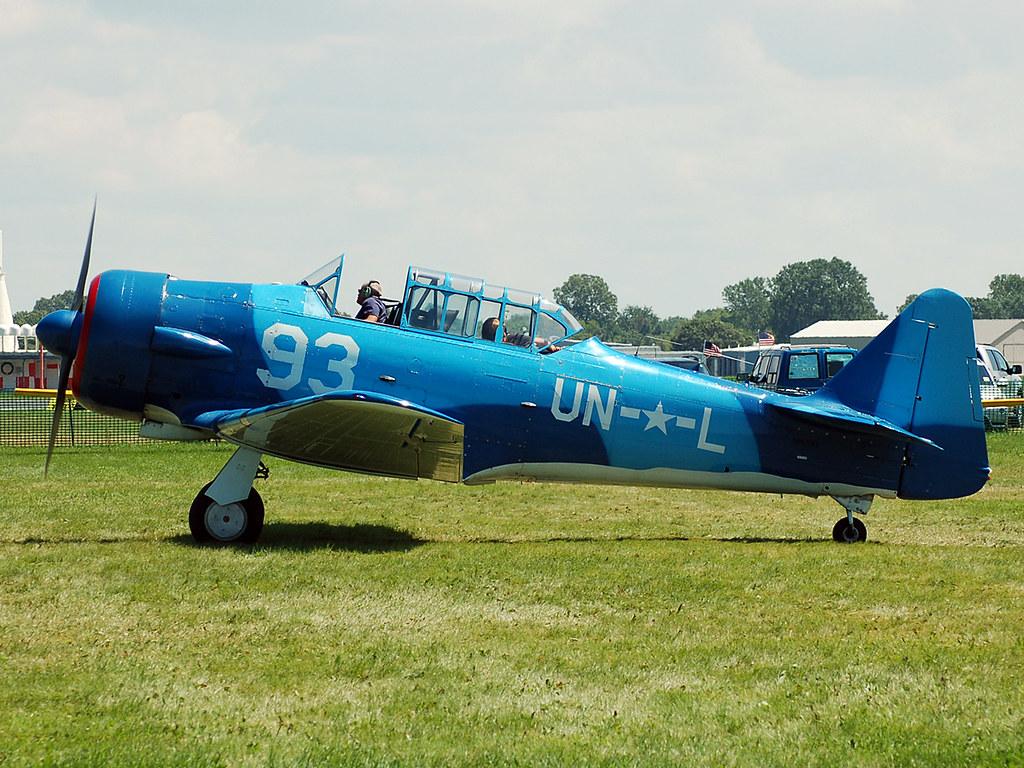 N85593 North American AT-6F Texan