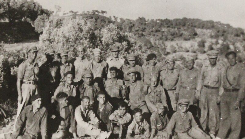 Dąbrowszczacy po sforsowaniu rzeki Ebro