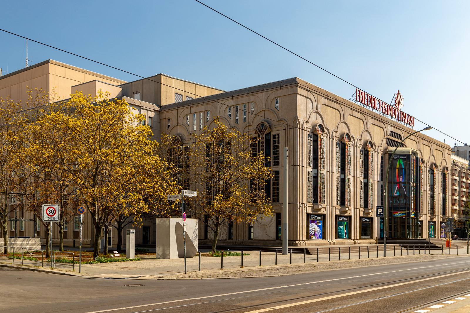 Der Friedrichstadt-Ppalast