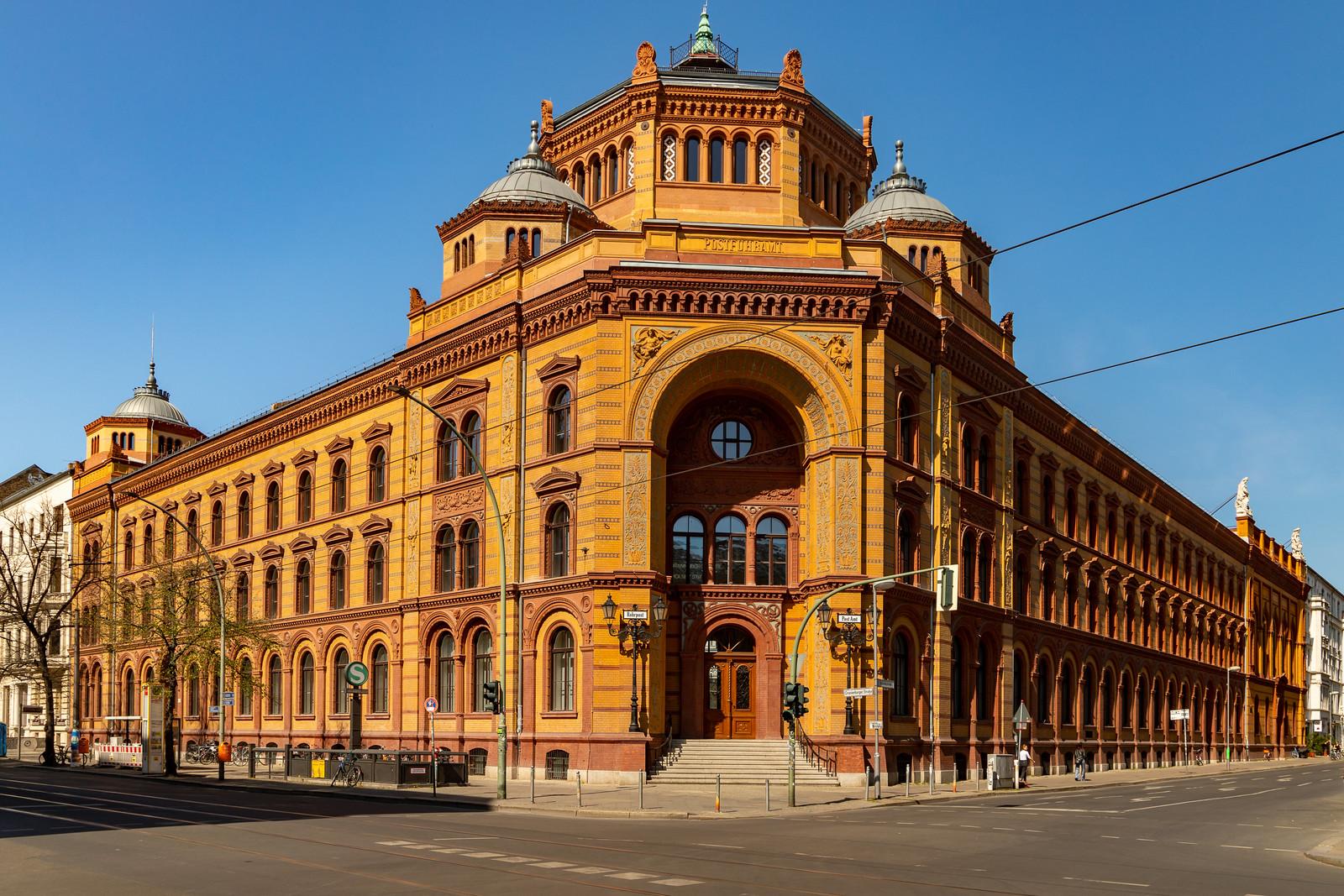 Das alte Postfuhramt