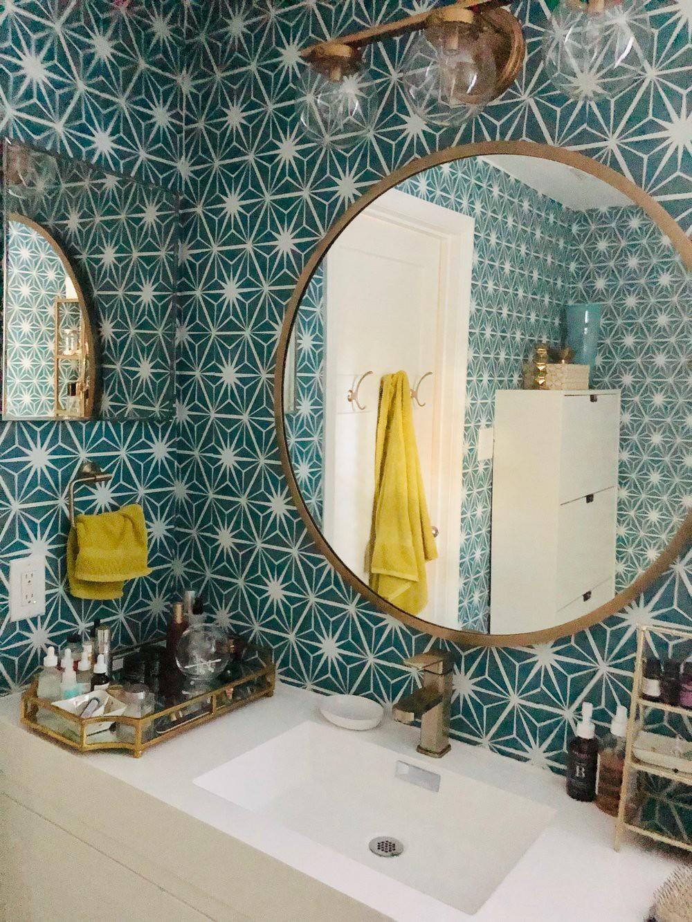 Green Teal Blue Starburst Wallpaper | Temporary Wallpaper Ideas | Peel and Stick Wallpapered Bathroom Inspiration