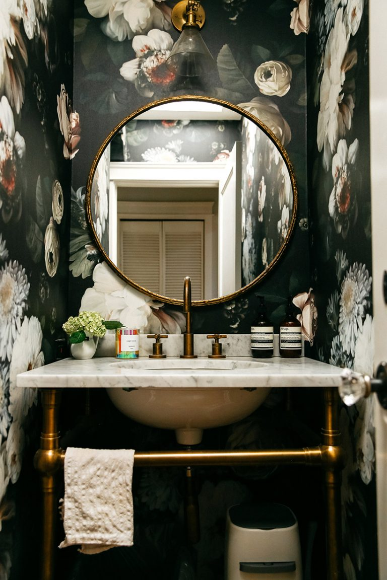 Dark Floral Wallpaper | Dark Flower Wallpapered Bathroom | Moody Powder Room Inspiration | Classic Feminine Home Decor Ideas | Glam Girly Home Inspiration