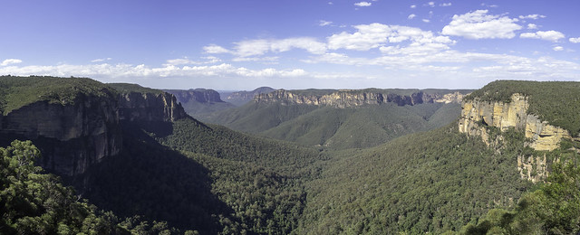 Grose Valley from Govetts Leap Lookout at Blackheath in the Blue Mountains NSW