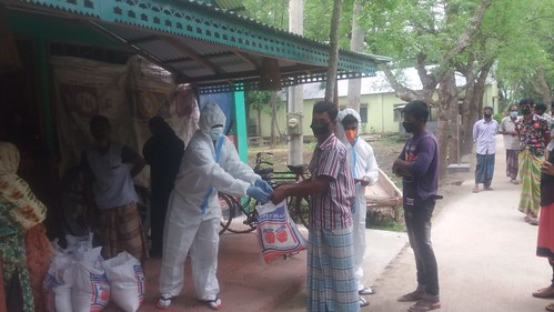 COVID 19 relief (Food packet) distribution in Huzurikanda, Sherpur 2020