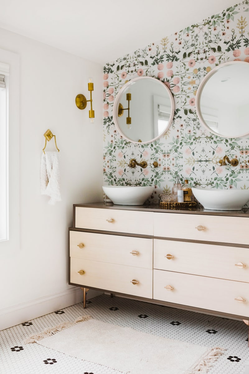 Pink Mint Floral Wallpaper | Double Sink Vanity | Girly Pale Pink Bathroom Inspiration | Pastel Bathroom
