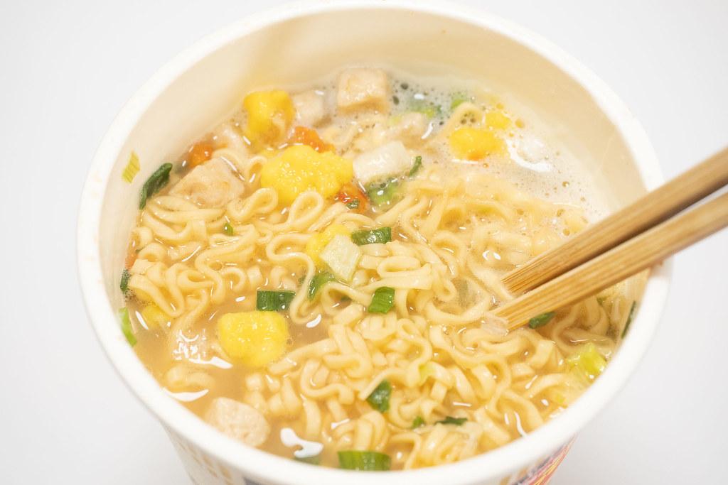 Cupnoodle_鶏白湯-9