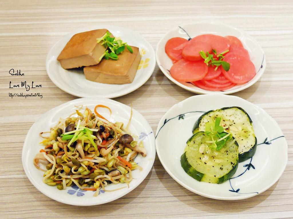 台北素食餐廳分享呷米蔬食西門町台北車站附近咖啡廳下午茶 (1)