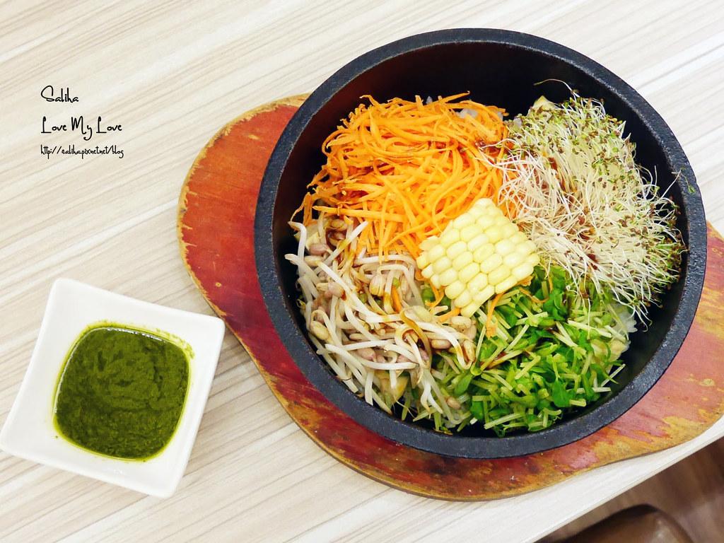 台北素食餐廳分享呷米蔬食西門町台北車站附近咖啡廳下午茶 (3)