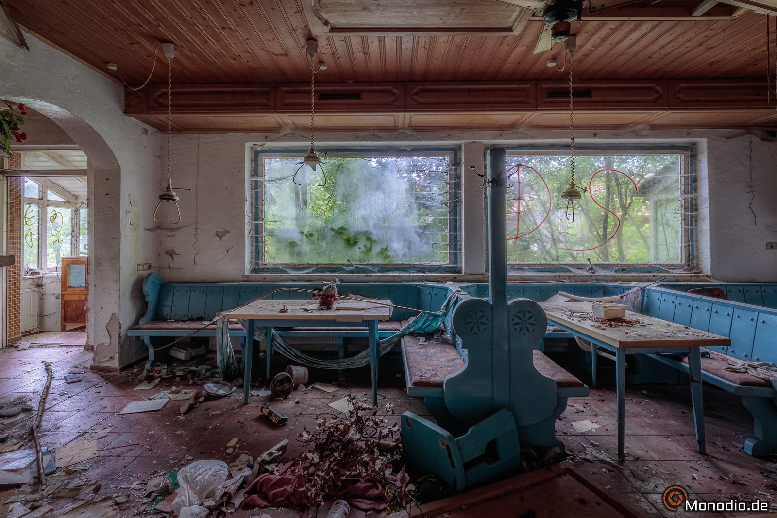 Scrap Hotel