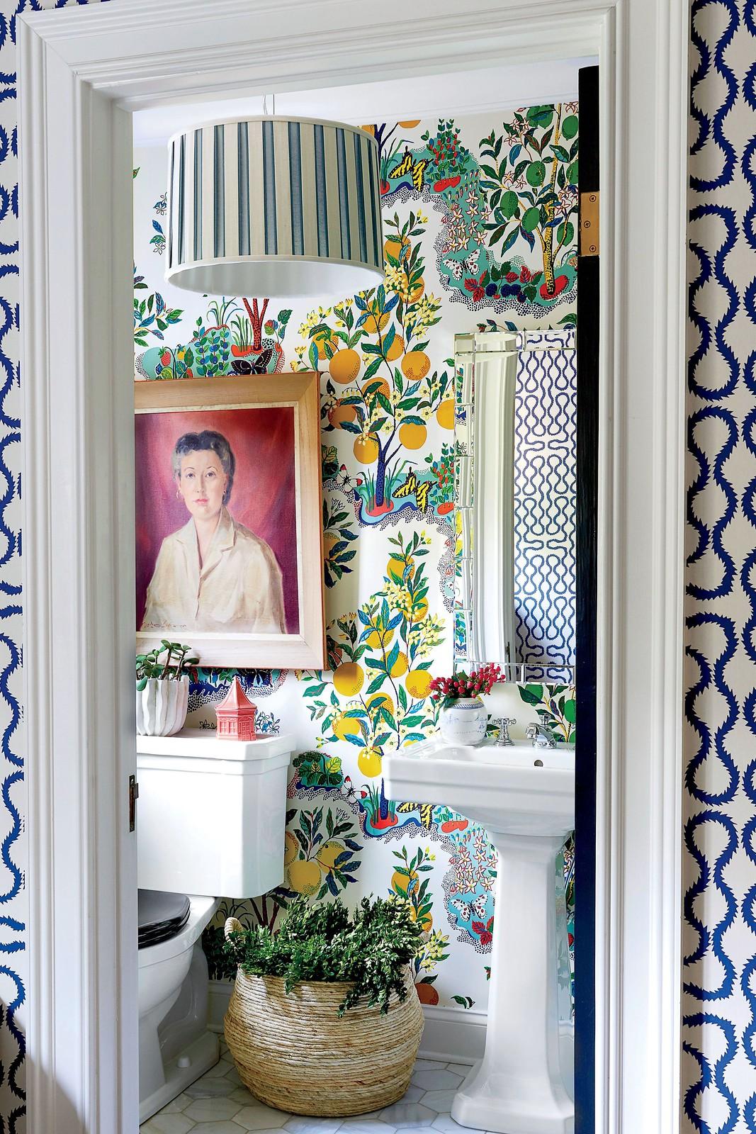 Colorful Bathroom Inspiration | Bold Wallpapered Bathroom | Lemon Fruit Wallpaper | Greenery Wallpaper | Vibrant Bathroom Decor