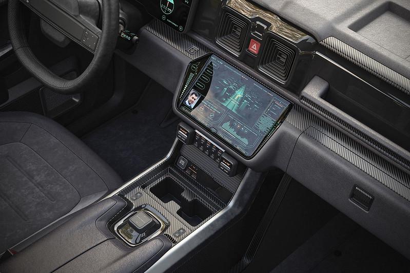 Mercedes-Benz-Lada-Niva (10)